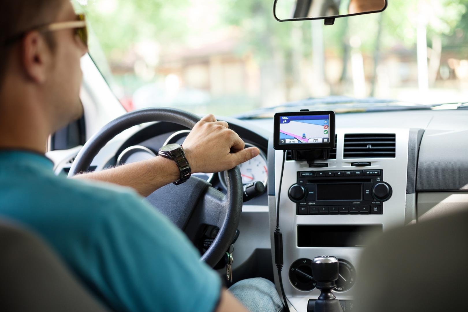 開車族基本知識:十大安全駕駛技巧 三 開車經驗 大紀元汽車網 Auto Epochtimes Com